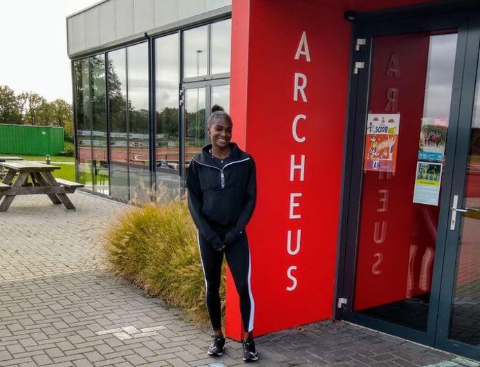De Britse sprinter Dina Asher-Smith op het complex van AV Archeus in Winterswijk. Foto ter illustratie.