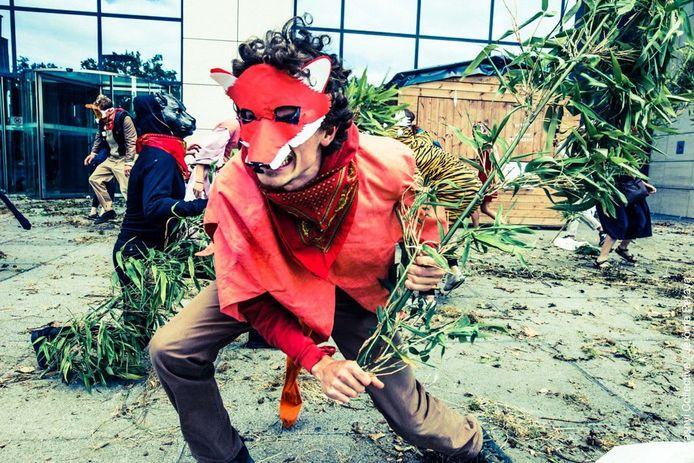 En juillet dernier, les activistes d'EZLN étaient à la Tour des Finances pour dénoncer les subsides aux voitures de société.