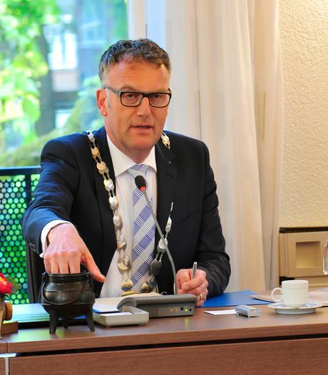 Burgemeester van Oisterwijk naar Brussel voor migrantenprobleem