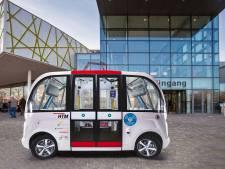 Zelfrijdende bus tussen busstation en bedrijventerrein: Waalwijk onderzoekt de mogelijkheden