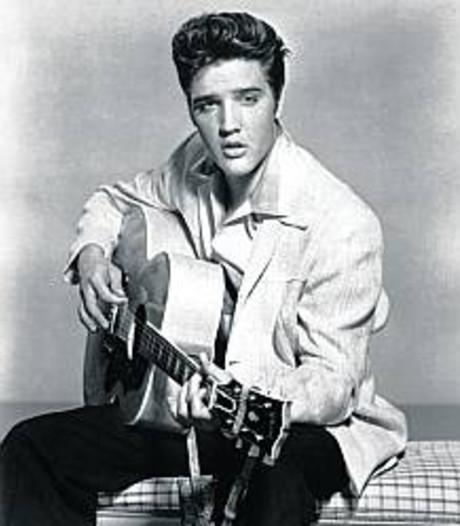 NTR laat in 1977 overleden Elvis Presley herleven