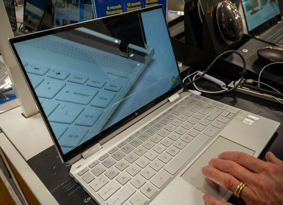 Wie wil kan een gebruikte laptop doneren.