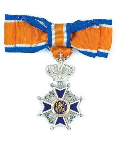 De koninklijke onderscheiding, Lid in de orde van Oranje Nassau.