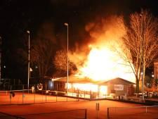 Kantine tennisclub Culemborg gaat in vlammen op: 'Wat een drama voor de vereniging'