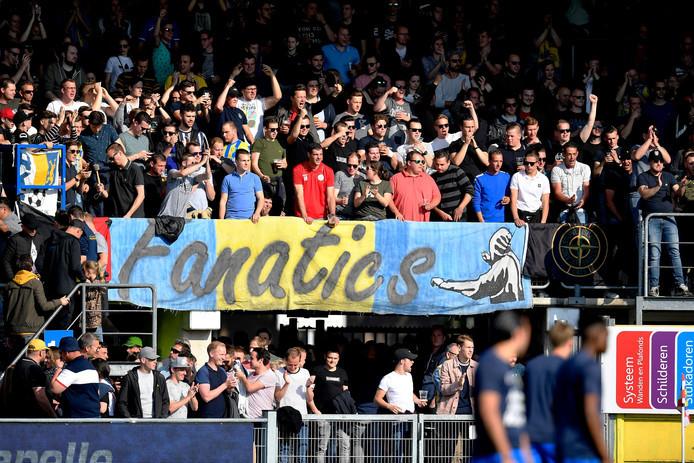 Supporters van RKC Waalwijk bij de wedstrijd RKC Waalwijk - Go Ahead Eagles