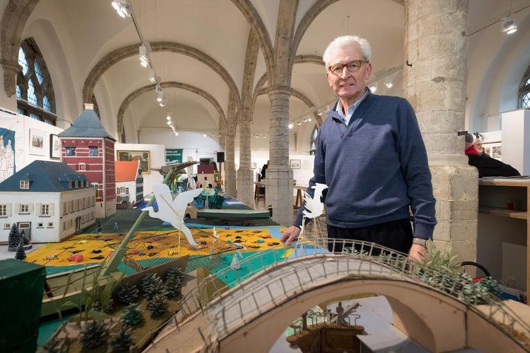 Maurits De Smedt op de tentoonstelling in het Vleeshuis.