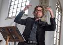 Pim Overduin, dirigent van de Vlissingse Oratorium Vereniging/het Zeeuws Concertkoor.