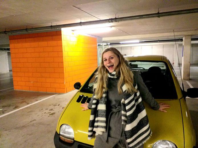 Een rotauto, is het, je allereerste auto. Maar wel jóuw rotauto.