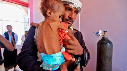 """VN roept op tot 'humanitaire gevechtspauze' in Jemen: """"Vrees voor ongekende hongersnood"""""""