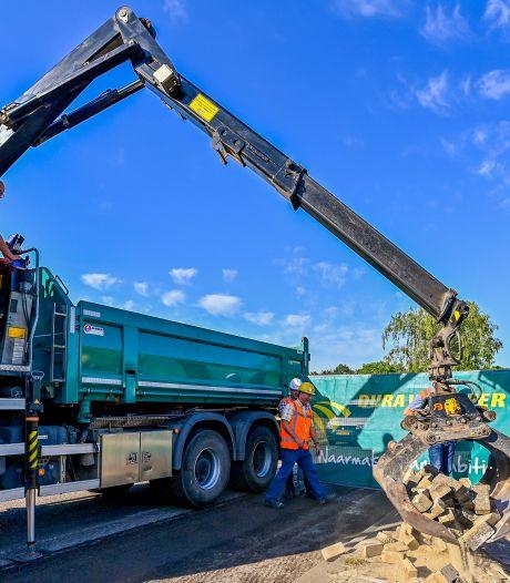 Wegen Rucphen krijgen nieuw asfalt; Kaaistraat is woonstraat geworden