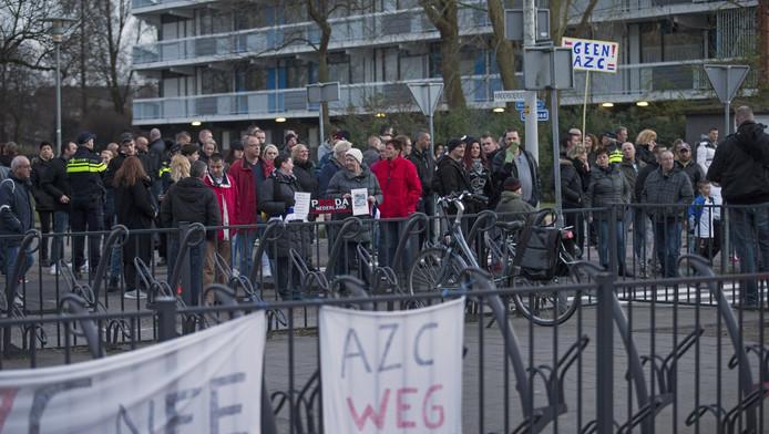 In Spijkenisse werd eerder ook geprotesteerd tegen de komst van een asielzoekerscentrum.