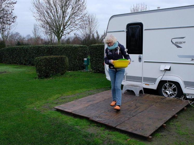 Stoere Nederlanders kamperen ook in de winter: 'Geen geneuzel over het weer'