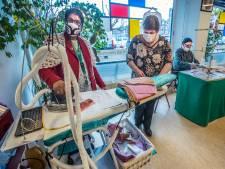 Alle minima in Den Haag krijgen gratis handgemaakte mondkapjes: 'Het komt echt vanuit het hart'