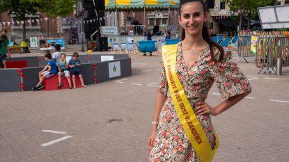 """Stephanie (20) in de running voor Miss Oost-Vlaanderen: """"Ik wil een voorbeeld zijn voor anderen"""""""