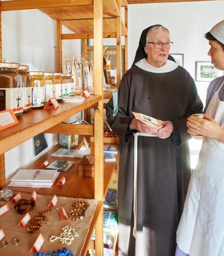 Clarissen blieven geen worst meer; Vegetarische Zuster moet klooster in Megen redden