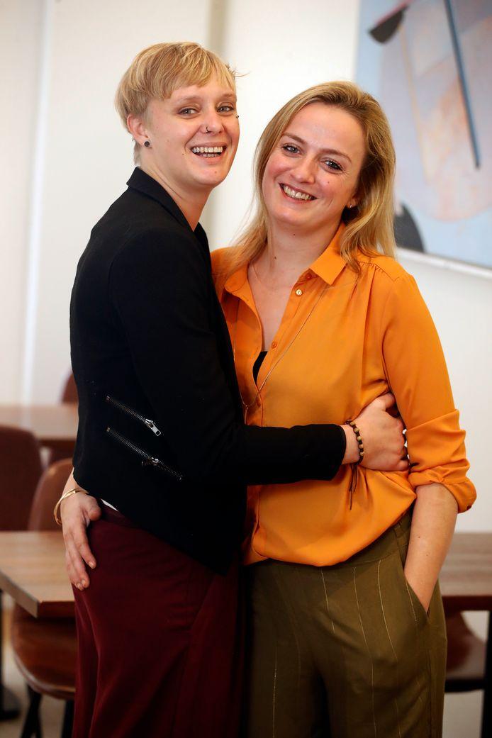 Anne-Sophie Breysem met haar vriendin Kyra.