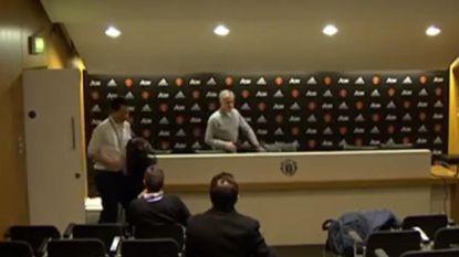Deze persconferentie van welgeteld 11 seconden kan alleen de 'Special One' geven