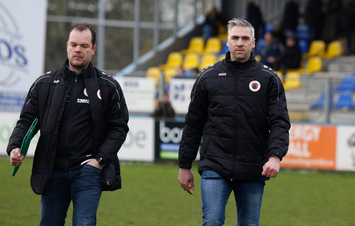 Terneuzen-trainer David Destorme met assistent Tom Nieuwelink (links)