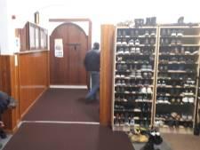 Bezoekers Arnhemse moskee: Imam Youssef moet een kans krijgen