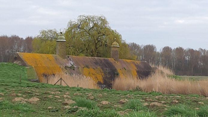 De Stenen Poppen in Klundert zijn zichtbaar aan een opknapbeurt toe.