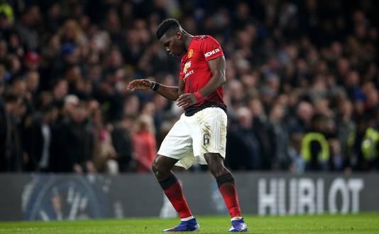 Paul Pogba viert de 0-2 met een klein dansje.