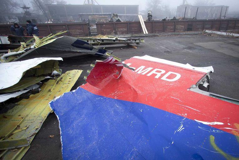 Wrakstukken van MH17 op een platform. Beeld anp