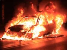 Auto vat al rijdend vlam op A9 bij Uitgeest