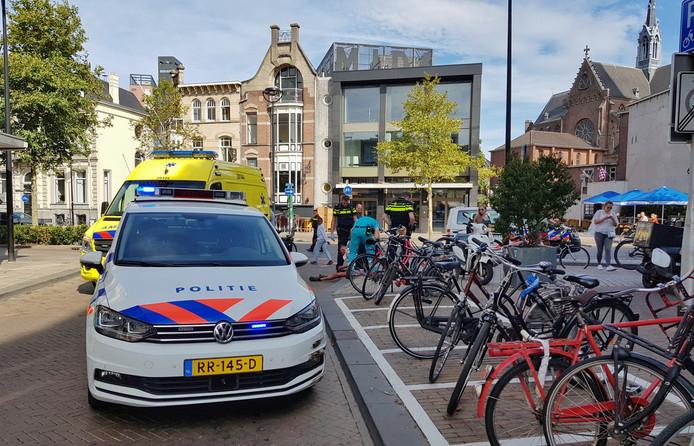 Bij de steekpartij in Tilburg zijn twee gewondem gevallen.