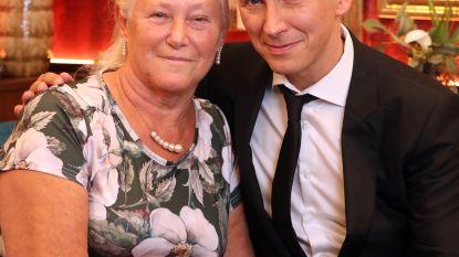 """Helmut Lotti en zijn moeder Rita openhartig: """"Af en toe kregen ze wel een oorveeg, en Helmut nog het meest"""""""