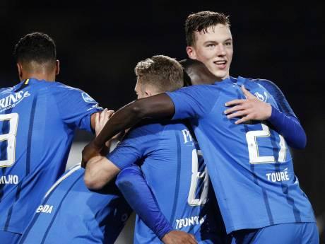 Tieners liften vrolijk én kritisch mee op het succes van Vitesse: 'Het is allemaal best spannend'