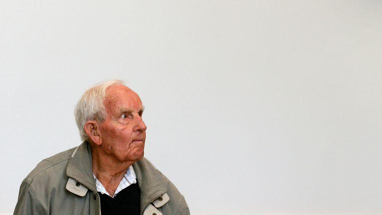 De Nederlandse oorlogsmisdadiger Siert Bruins begin september in de rechtbank in Hagen. Beeld null