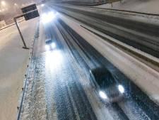 Sneeuw Frankrijk eist één dode, 140.000 huizen zonder stroom