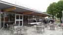 Het nieuwe paviljoen van Speeltuin Helmond-West van buiten.