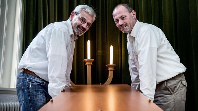 Arts (l) en Dragt werken al twintig jaar samen in de uitvaartsector.
