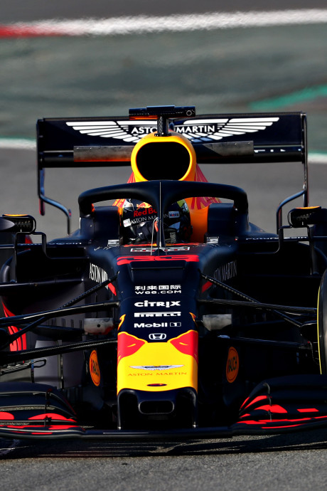 LIVE | Verstappen door magische grens van 100 rondjes, Vettel op dreef