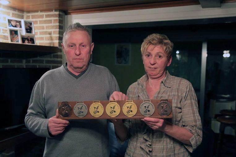 Frank Debonnez en Dorine Witdouck met hun medailles van het WK.