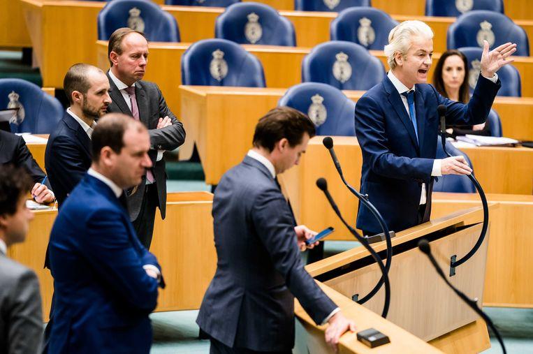 Geert Wilders (PVV), Kees van der Staaij (SGP), Lodewijk Asscher (PvdA), Jesse Klaver (GroenLinks) tijdens een debat over de ontwikkelingen rondom het coronavirus in de Tweede Kamer.  Beeld ANP