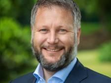 Martijn Dadema herbenoemd als burgemeester van Raalte: 'Heel fijn om boegbeeld te mogen zijn'