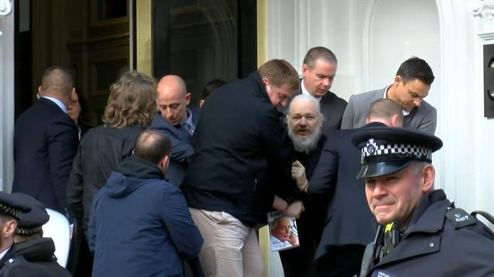 De arrestatie van Julian Assange