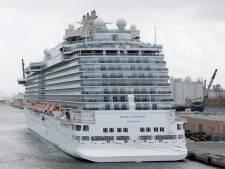 Cruiseschip met gestrande zeevarenden op weg naar Rotterdam