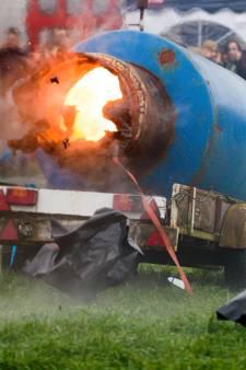 Burgemeesters beslissen: blijven carbid en melkbus met oud en nieuw in de schuur?
