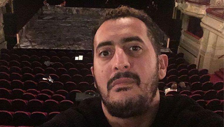 Mourade Zeguendi in de theaterzaal van Amsterdam.