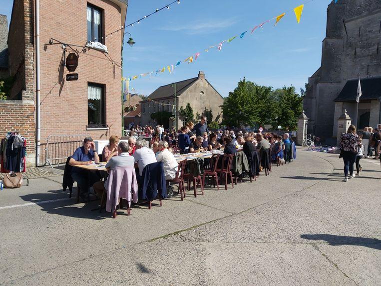 Wel 250 deelnemers aan het ontbijt in Meldert