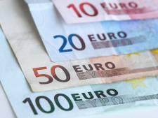 Politie vindt 65.000 euro en vuurwapen in Goese garagebox