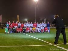 Voetballen in Hengelo in de sfeer van de wederopbouw