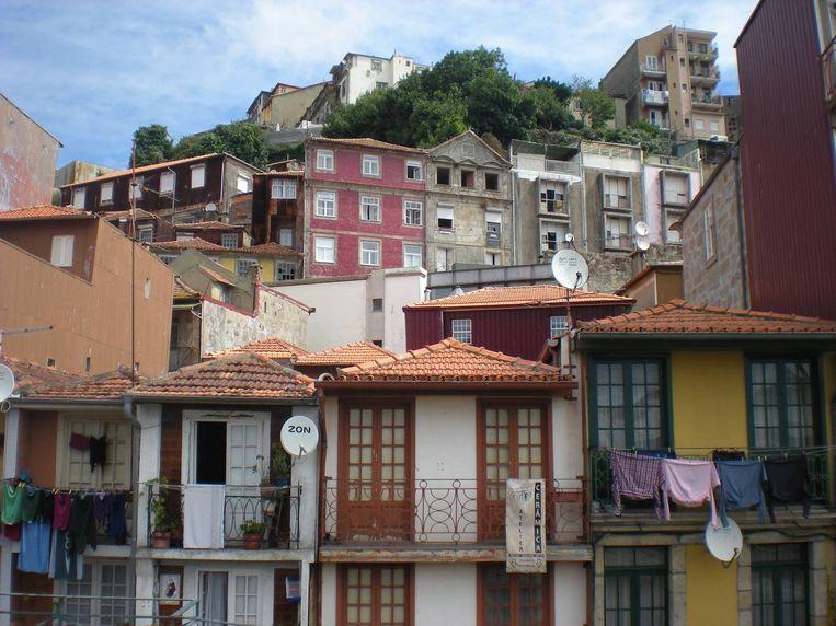 Kleurrijke huisjes in Porto Beeld Zoë de Goede