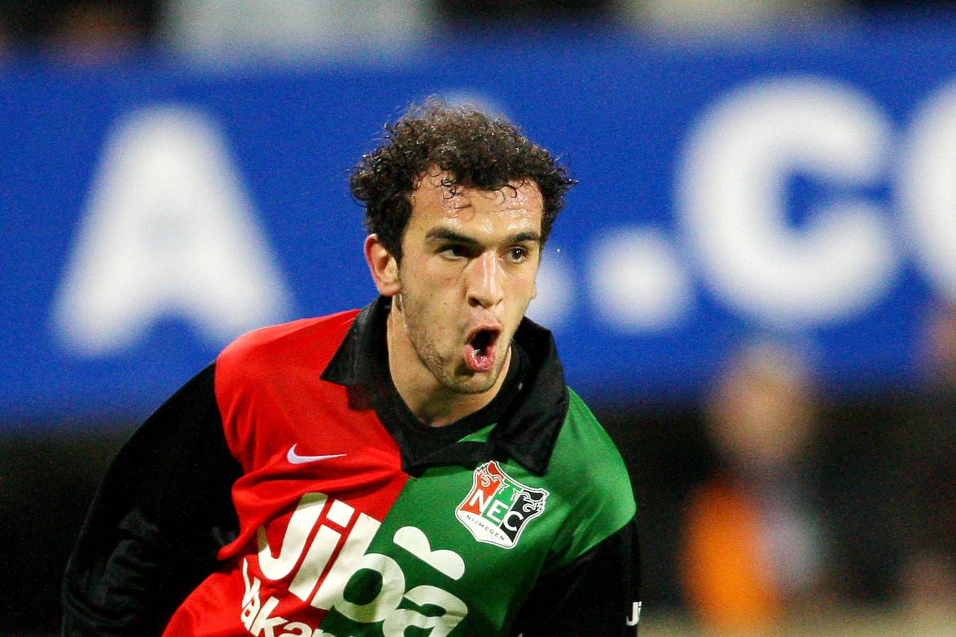Muslu Nalbantoglu na zijn doelpunt tegen Heracles Almelo in het seizoen 2007 - 2008. Zijn enige in 125 wedstrijden voor NEC.