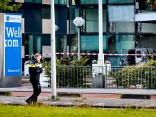 Drie verdachten aanslag Telegraaf blijven vastzitten