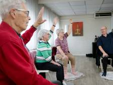 Osse ouderen schrikken zich een hoedje van verhuizing yoga-les: 'Dit is een shock'