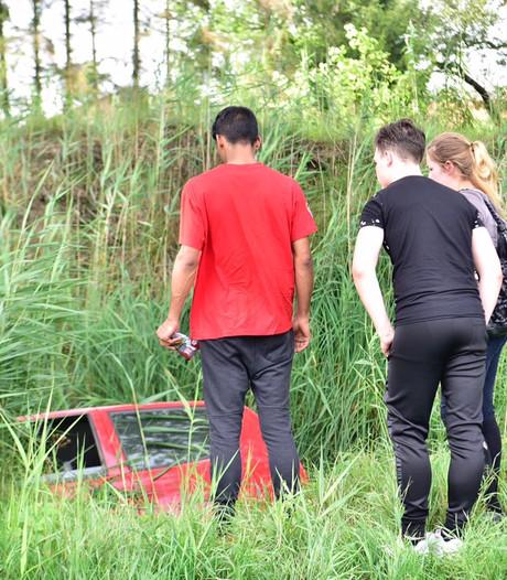 Auto in sloot in Helmond